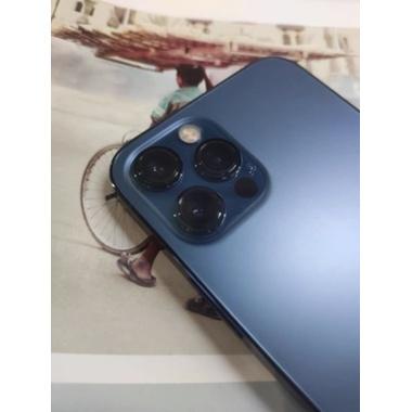 Защитная пленка на камеру для iPhone 12 Pro Max - 2шт., фото №2, добавлено пользователем
