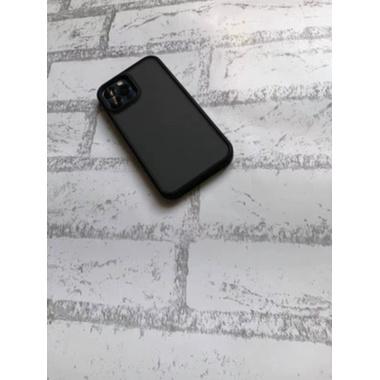 Benks чехол для iPhone 12/12 Pro - M. Smooth черный, фото №3, добавлено пользователем