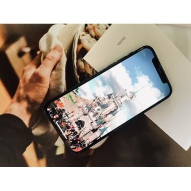 "Защитное стекло 3D на iPhone 12/12Pro (6,1"") Vpro 0,3 мм черная рамка, фото №8, добавлено пользователем"
