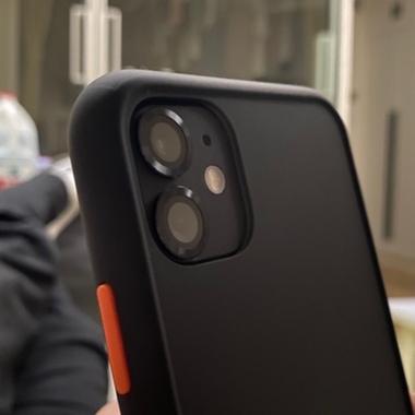 Защитное стекло на камеру iPhone 11, черная мет. рамка KR - 1шт., фото №3, добавлено пользователем